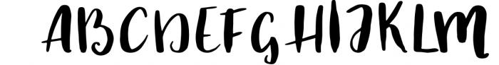 Autumn script Font UPPERCASE