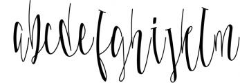 Malloy Font +Elements 1 Font LOWERCASE