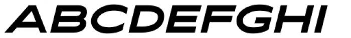 Maxy Maximum Italic Font UPPERCASE