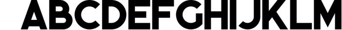 Momoco - Display Font 1 Font UPPERCASE