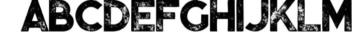 Momoco - Display Font 2 Font UPPERCASE