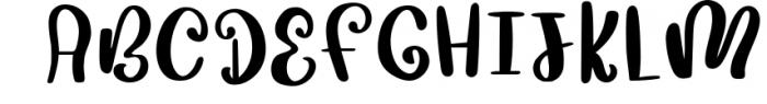 Mushroom Growing Script Font 1 Font UPPERCASE