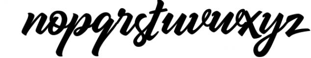 Qrayolla Script 1 Font LOWERCASE
