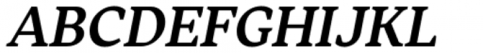 Skema Pro Livro Semi Bold Italic Font UPPERCASE