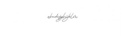 Zephira.otf Font LOWERCASE