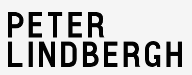 What font is Peter Lindbergh website?